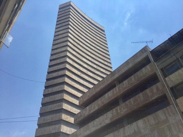 Local Comercial Bogota D.C.>Bogota>La Veracruz - Venta:1.900.000.000 Pesos - codigo: 19-884