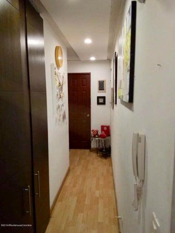 Apartamento Bogota D.C.>Bogota>Barrancas - Venta:185.000.000 Pesos - codigo: 19-887