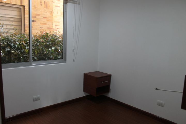 Apartamento Cundinamarca>Chia>Sabana Centro - Arriendo:1.600.000 Pesos - codigo: 19-889