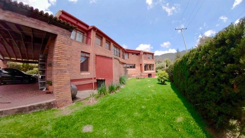 Casa Cundinamarca>La Calera>Vereda El Salitre - Venta:2.200.000.000 Pesos - codigo: 19-901