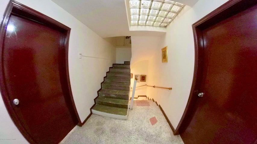 Casa Bogota D.C.>Bogota>Santa Ana Usaquen - Venta:1.370.000.000 Pesos - codigo: 19-903