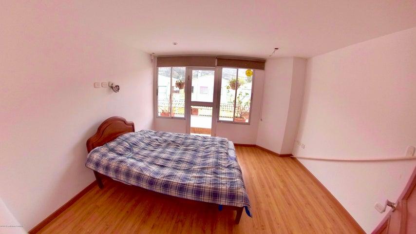 Casa Cundinamarca>Cota>Vereda el Abra - Venta:368.000.000 Pesos - codigo: 19-906