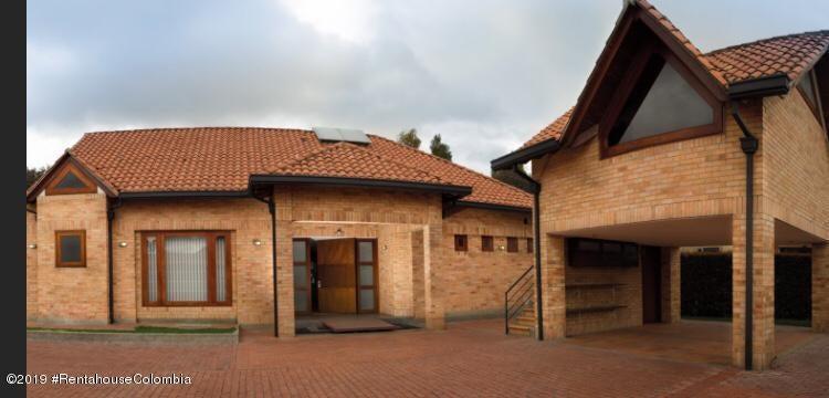 Casa Cundinamarca>Cajica>Vereda Calahorra - Venta:2.226.000.000 Pesos - codigo: 19-917