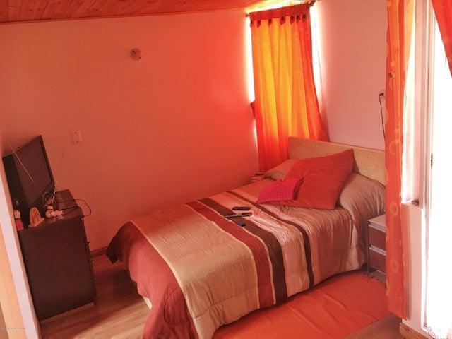 Casa Cundinamarca>Madrid>Los Alcaparros - Venta:170.000.000 Pesos - codigo: 19-897