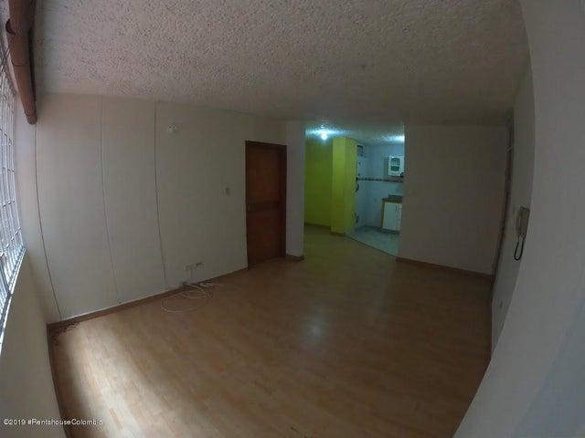 Apartamento Bogota D.C.>Bogota>7 de Agosto - Venta:210.000.000 Pesos - codigo: 19-927