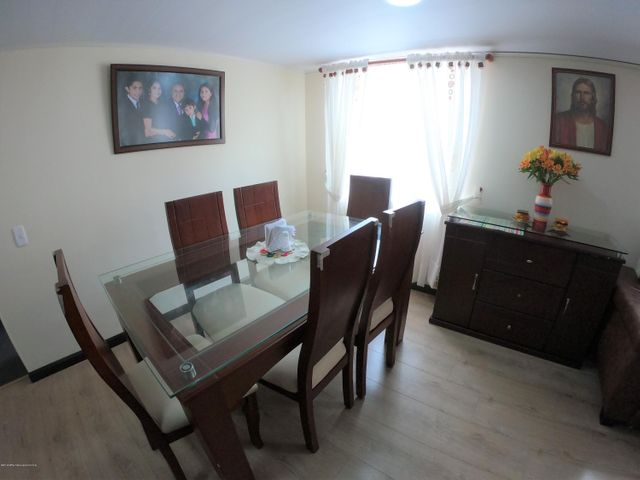 Apartamento Bogota D.C.>Bogota>Granada Norte - Venta:230.000.000 Pesos - codigo: 19-936