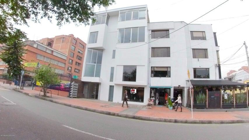 Local Comercial Bogota D.C.>Bogota>El Retiro - Arriendo:6.900.000 Pesos - codigo: 19-755