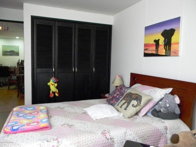 Apartamento Bogota D.C.>Bogota>Cedritos - Venta:395.000.000 Pesos - codigo: 19-963