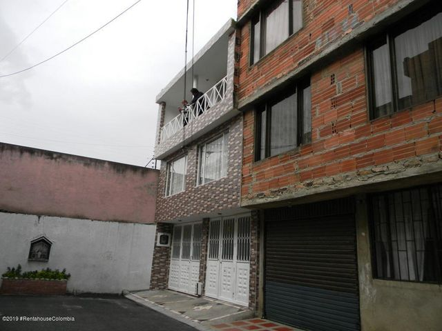 Casa Bogota D.C.>Bogota>San Antonio Norte - Venta:430.000.000 Pesos - codigo: 19-964
