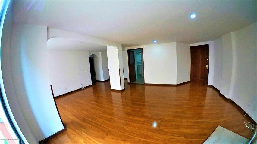 Apartamento Bogota D.C.>Bogota>Cedritos - Arriendo:2.250.000 Pesos - codigo: 19-1002
