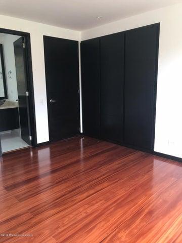 Casa Cundinamarca>Chia>Santa Ana Chia - Venta:1.980.000.000 Pesos - codigo: 19-106