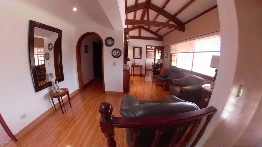 Casa Bogota D.C.>Bogota>Guaymaral - Venta:1.900.000.000 Pesos - codigo: 19-988