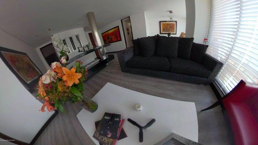 Apartamento Bogota D.C.>Bogota>Chico Norte - Arriendo:5.200.000 Pesos - codigo: 19-996
