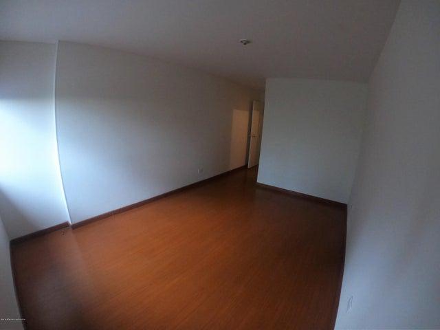 Apartamento Bogota D.C.>Bogota>Santa Ana - Arriendo:2.700.000 Pesos - codigo: 19-1013