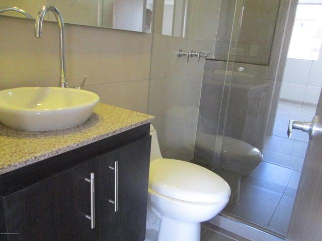 Apartamento Bogota D.C.>Bogota>Nueva Castilla - Venta:305.000.000 Pesos - codigo: 19-1053