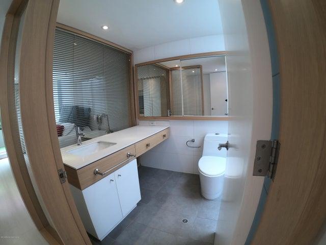 Apartamento Bogota D.C.>Bogota>Chico - Arriendo:3.000.000 Pesos - codigo: 19-1061