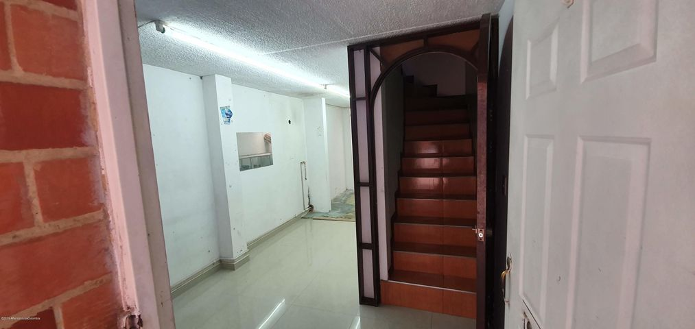 Casa Bogota D.C.>Bogota>Tibabuyes - Venta:150.000.000 Pesos - codigo: 19-1063