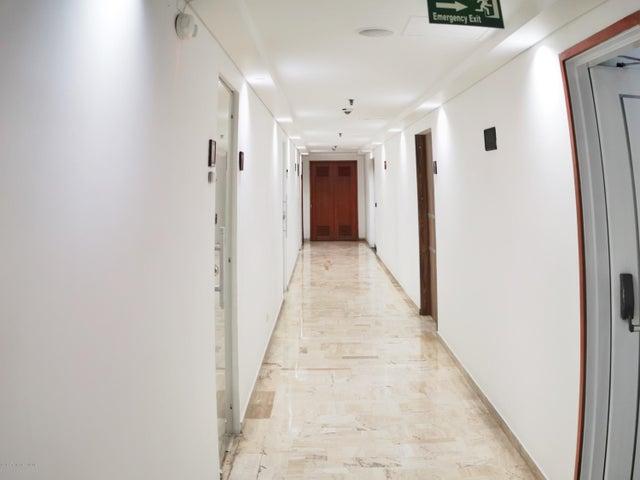 Oficina Bogota D.C.>Bogota>Chico Norte - Arriendo:4.800.000 Pesos - codigo: 19-1085
