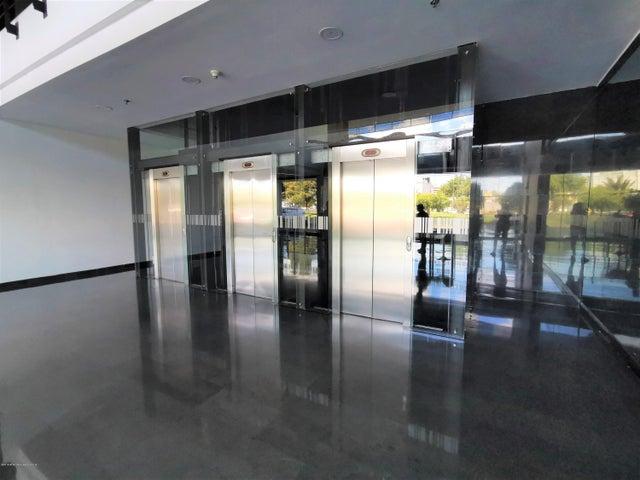 Oficina Bogota D.C.>Bogota>Belmira - Arriendo:2.700.000 Pesos - codigo: 19-1134