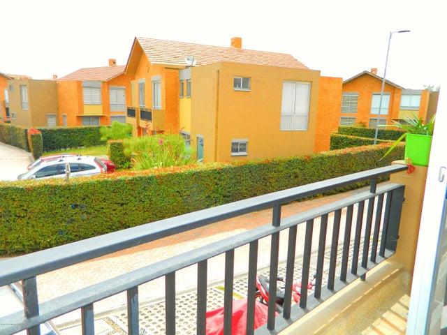 Casa Cundinamarca>Madrid>Hacienda Casablanca - Venta:360.000.000 Pesos - codigo: 19-1218