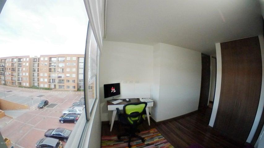 Apartamento Cundinamarca>Chia>Sabana Centro - Arriendo:3.350.000 Pesos - codigo: 19-1304