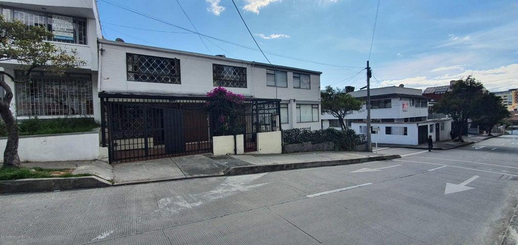 Casa Bogota D.C.>Bogota>Chapinero Alto - Venta:780.000.000 Pesos - codigo: 19-1309