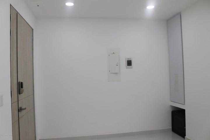Consultorio Cundinamarca>Cajica>Calahorra - Arriendo:2.100.000 Pesos - codigo: 20-180