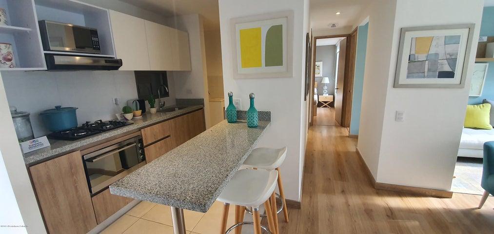 Apartamento Bogota D.C.>Bogota>Colina Campestre - Venta:363.000.000 Pesos - codigo: 20-209