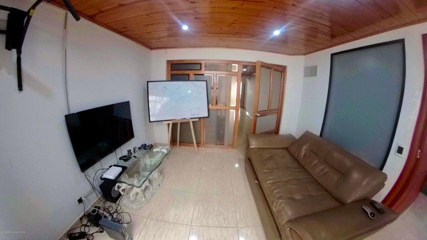 Casa Bogota D.C.>Bogota>Villa Del Prado - Arriendo:4.000.000 Pesos - codigo: 20-242