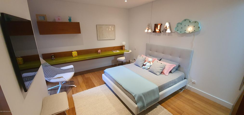 Apartamento Bogota D.C.>Bogota>Santa Ana Usaquen - Venta:3.776.531.050 Pesos - codigo: 20-250