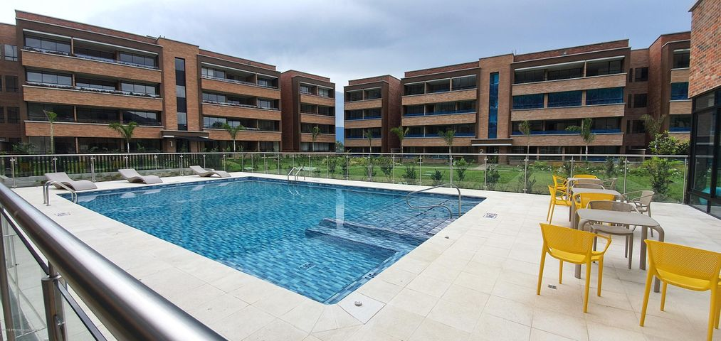 Apartamento Antioquia>Envigado>Loma del Escobero - Venta:336.538.000 Pesos - codigo: 20-299