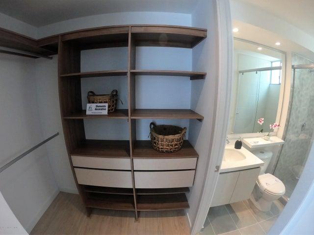 Apartamento Bogota D.C.>Bogota>El Carmen Fontibon - Venta:420.000.000 Pesos - codigo: 20-366