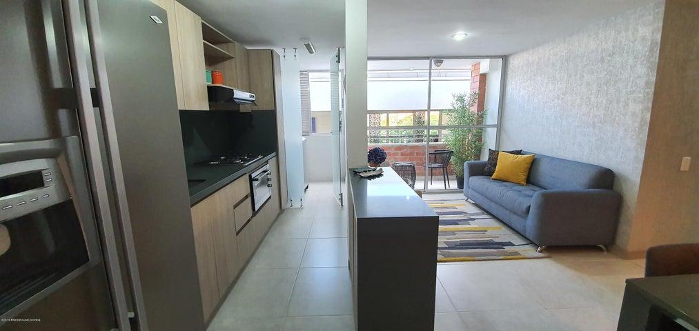 Apartamento Antioquia>Itagui>Centro de la Moda - Venta:306.550.500 Pesos - codigo: 20-402