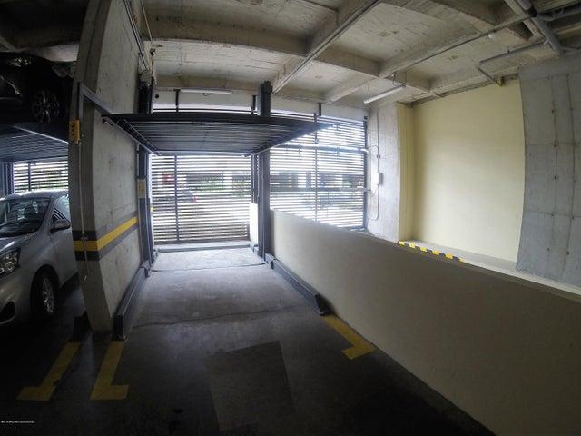 Apartamento Bogota D.C.>Bogota>Santa Barbara - Venta:535.000.000 Pesos - codigo: 20-427