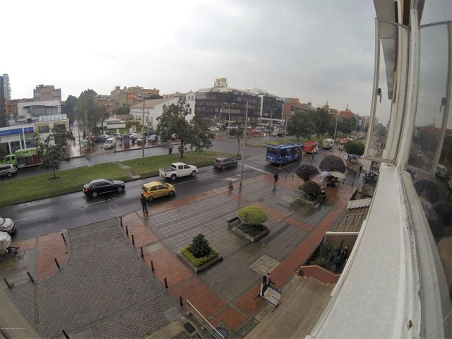 Apartamento Bogota D.C.>Bogota>Santa Barbara - Venta:650.000.000 Pesos - codigo: 20-432