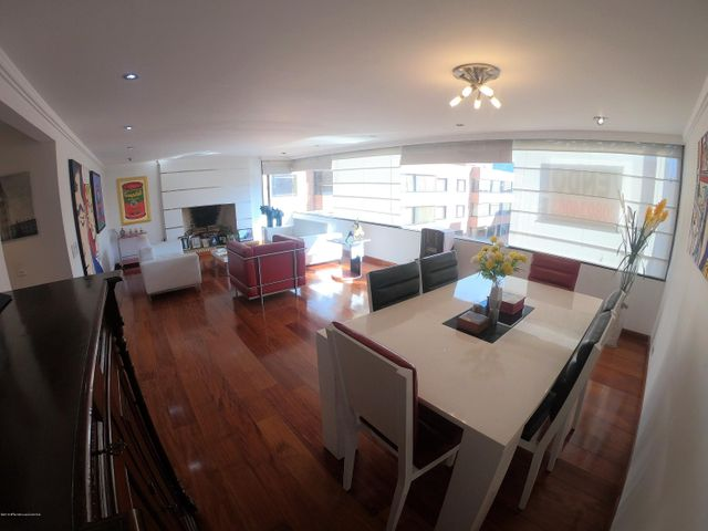 Apartamento Bogota D.C.>Bogota>Santa Barbara - Venta:730.000.000 Pesos - codigo: 20-433