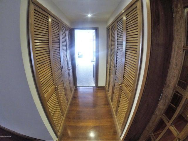 Apartamento Bogota D.C.>Bogota>Santa Ana Usaquen - Venta:2.250.000.000 Pesos - codigo: 20-480