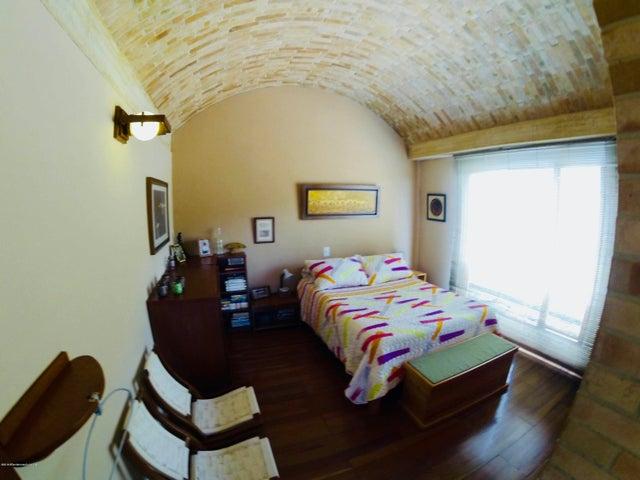 Casa Cundinamarca>Tabio>Vereda Rio Frio - Venta:3.000.000.000 Pesos - codigo: 20-579