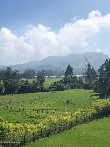 Casa Cundinamarca>Tabio>Vereda Rio Frio - Venta:1.500.000.000 Pesos - codigo: 20-585