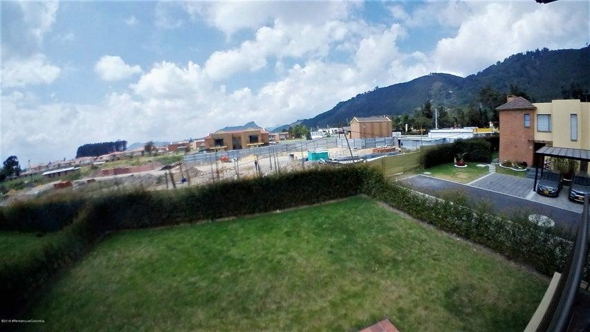 Casa Cundinamarca>Cajica>Vereda Canelon - Arriendo:4.500.000 Pesos - codigo: 20-619