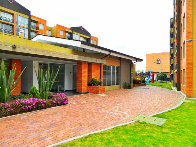 Apartamento Cundinamarca>Madrid>Hacienda Casablanca - Venta:184.000.000 Pesos - codigo: 20-654