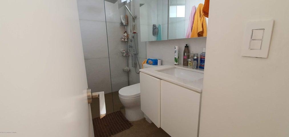 Apartamento Bogota D.C.>Bogota>Santa Barbara - Venta:1.100.000.000 Pesos - codigo: 20-759