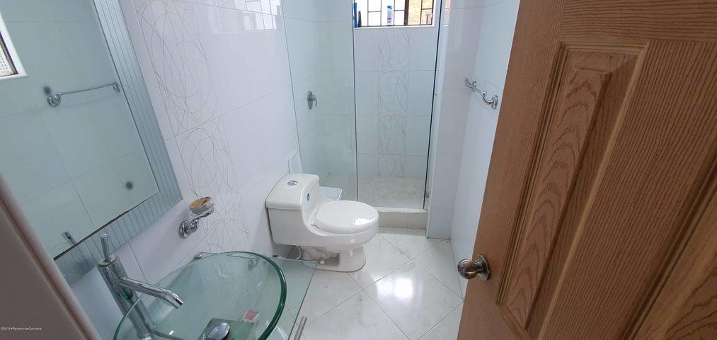 Apartamento Bogota D.C.>Bogota>Cedro Golf - Venta:390.000.000 Pesos - codigo: 20-1002