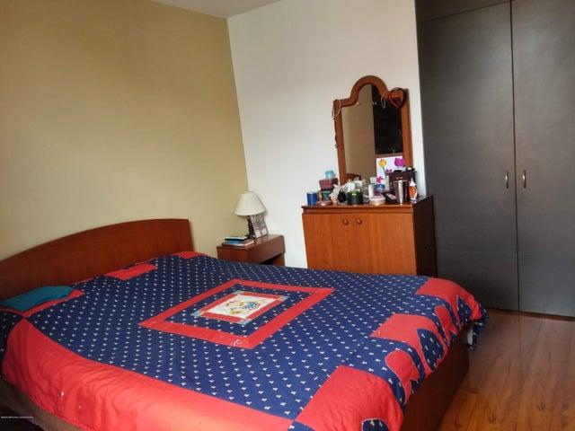 Apartamento Bogota D.C.>Bogota>Kennedy - Venta:325.000.000 Pesos - codigo: 20-990