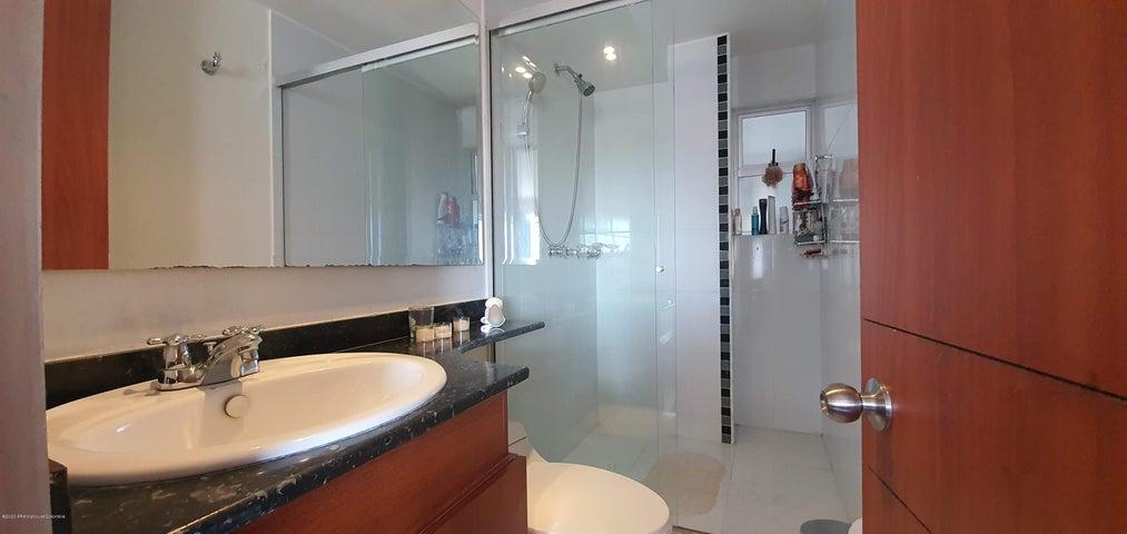 Apartamento Bogota D.C.>Bogota>San Antonio NorOccidental - Venta:450.000.000 Pesos - codigo: 20-1049