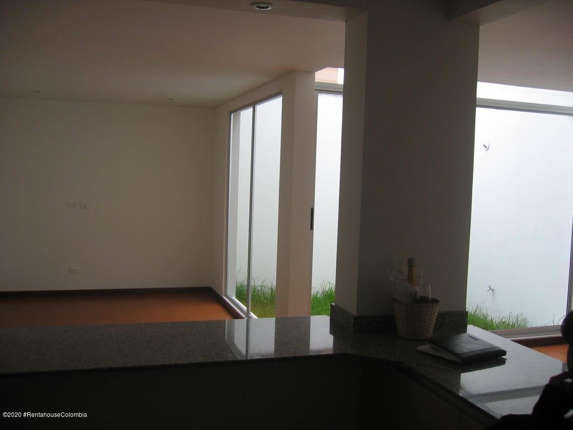 Casa Cundinamarca>Chia>20 de Julio - Arriendo:2.000.000 Pesos - codigo: 20-1133