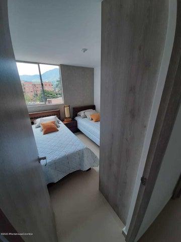 Apartamento Antioquia>Itagui>Ditaires - Venta:280.609.534 Pesos - codigo: 20-1227