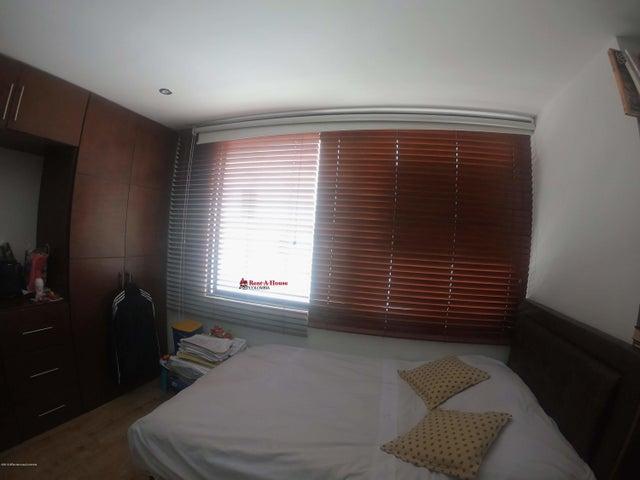 Apartamento Bogota D.C.>Bogota>El Contador - Venta:690.000.000 Pesos - codigo: 21-82