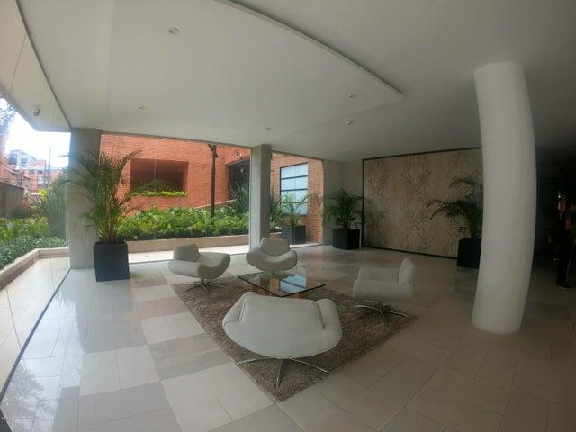 Apartamento Bogota D.C.>Bogota>Chico Navarra - Venta:900.000.000 Pesos - codigo: 21-92