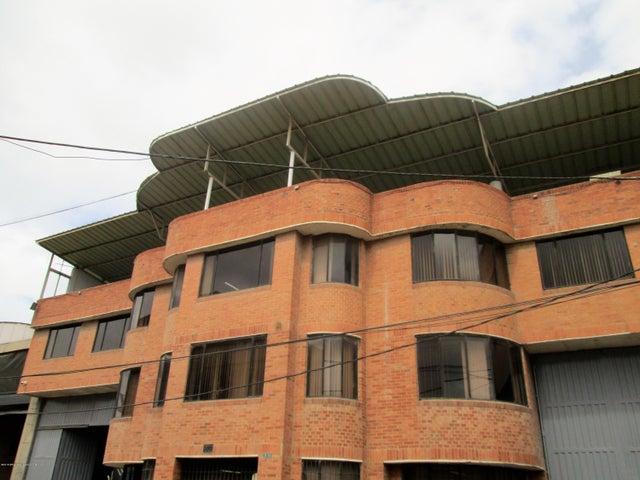 Bodega Bogota D.C.>Bogota>El Tintal - Venta:4.050.000.000 Pesos - codigo: 21-161